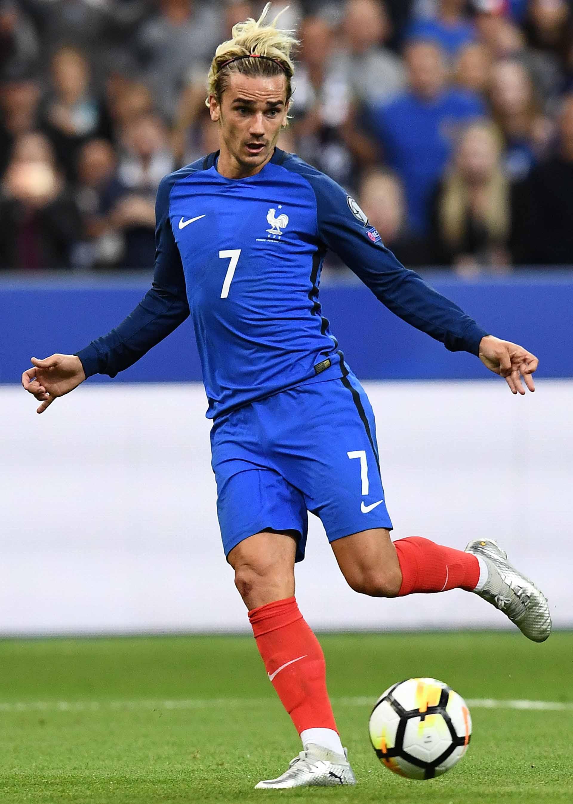 Antoine griezmann debuts puma one 17 1 chrome soccerbible - Antoine griezmann ...