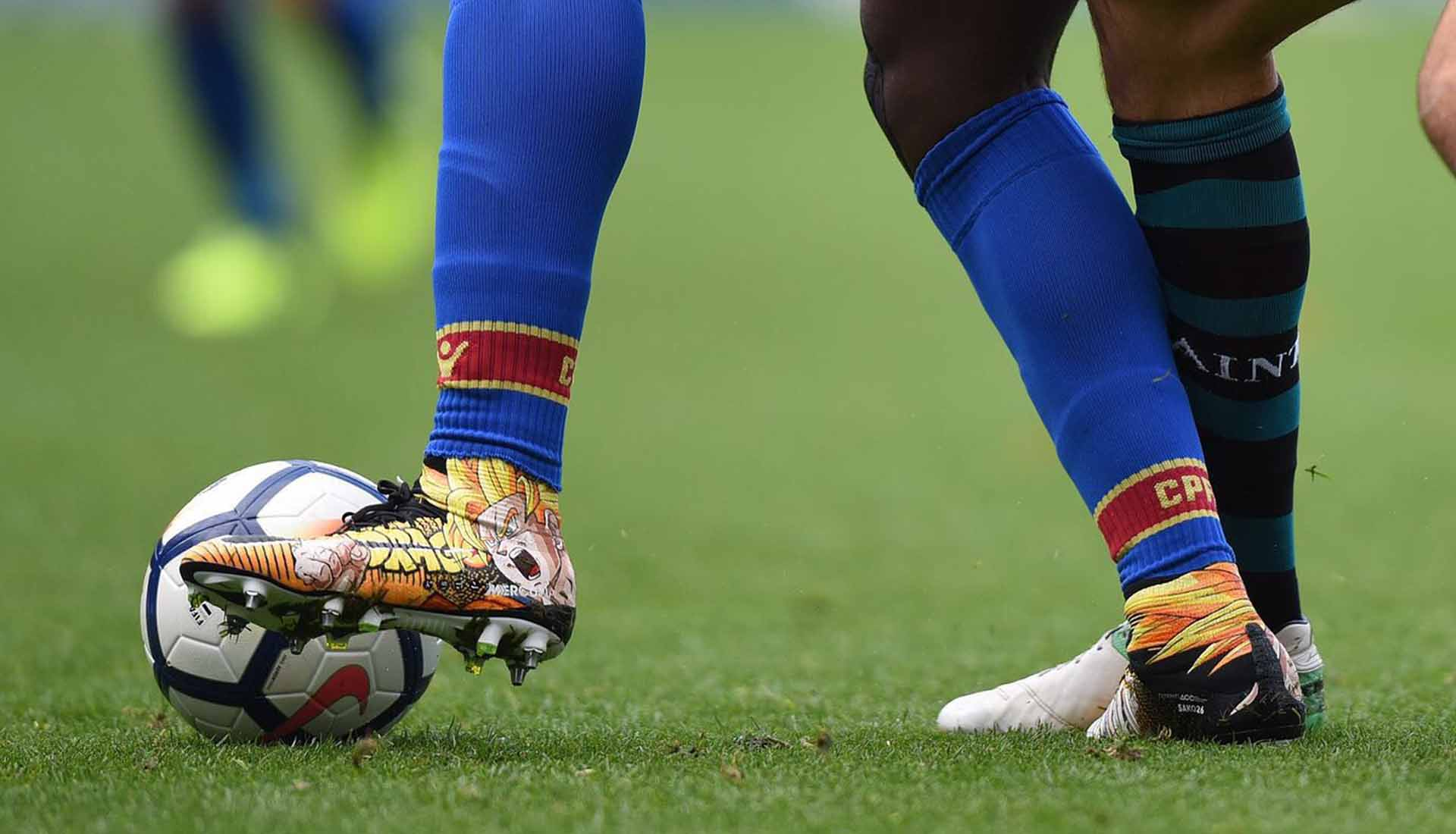 12fe53782 Bakary Sako Shows Off His Customised Boot Collection - SoccerBible