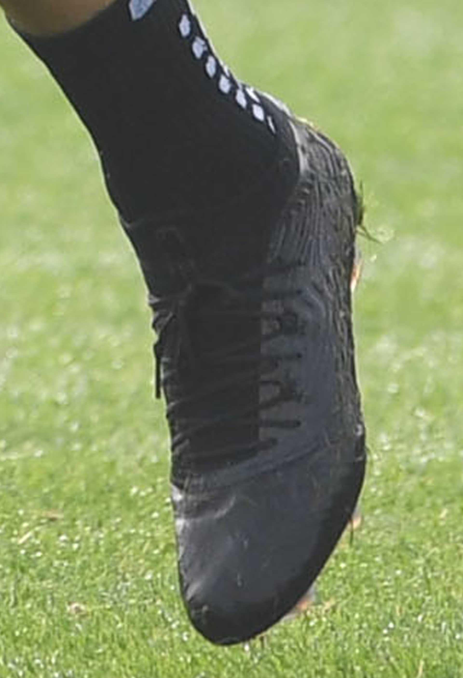 334b57f6dd2a Olivier Giroud Trains In Next-Gen PUMA Football Boots - SoccerBible