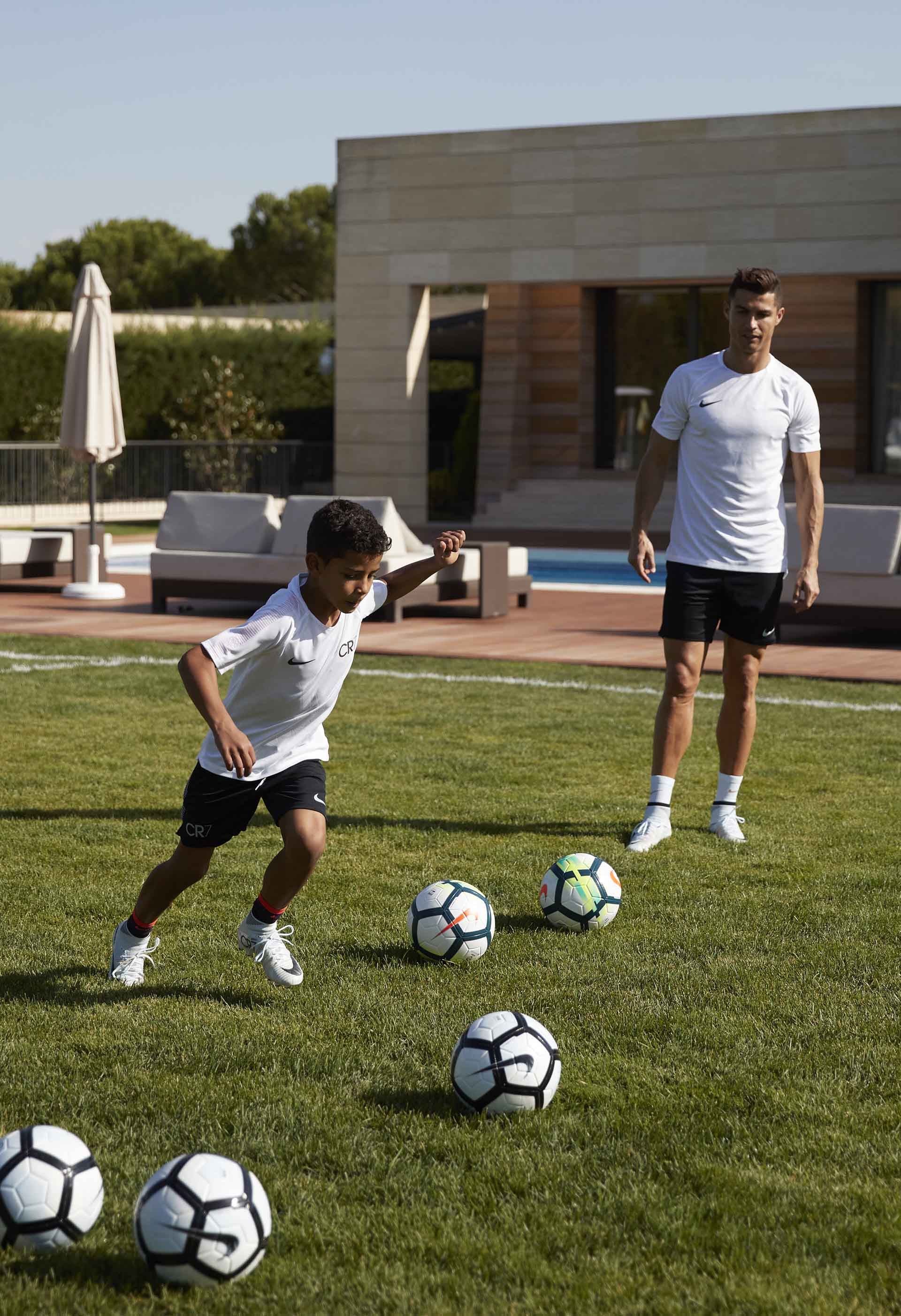 Cr7 Amp Cr Junior Lace Up In Chapter 5 Boots Soccerbible