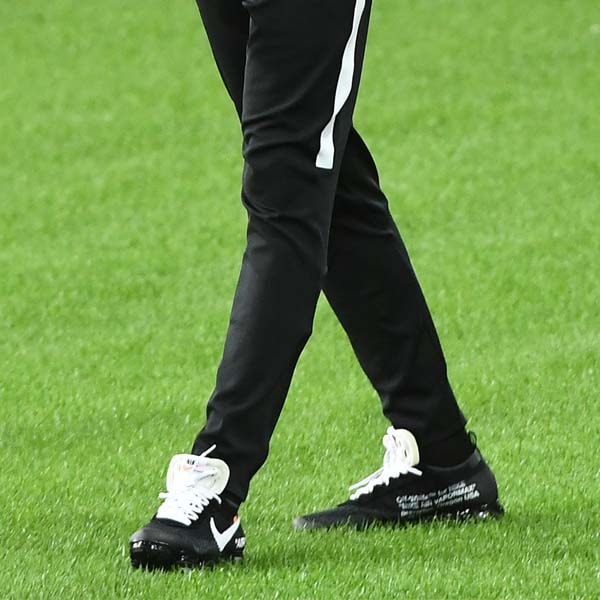 4fc9fa57 Off-White x Vivendii Showcase Exclusive Nike Football Shirt ...