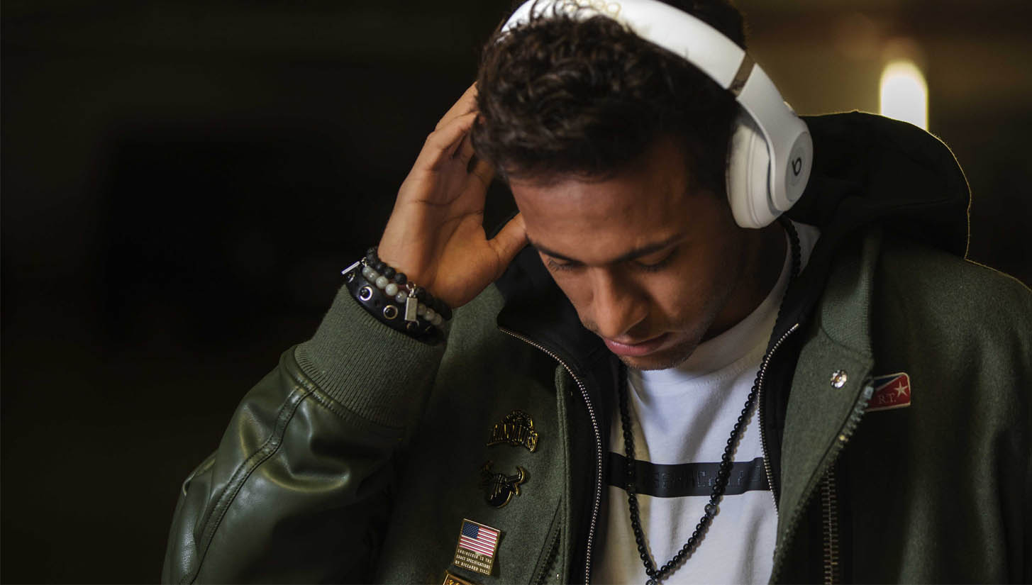 Neymar Stars in Beats by Dre #AboveTheNoise Film - SoccerBible