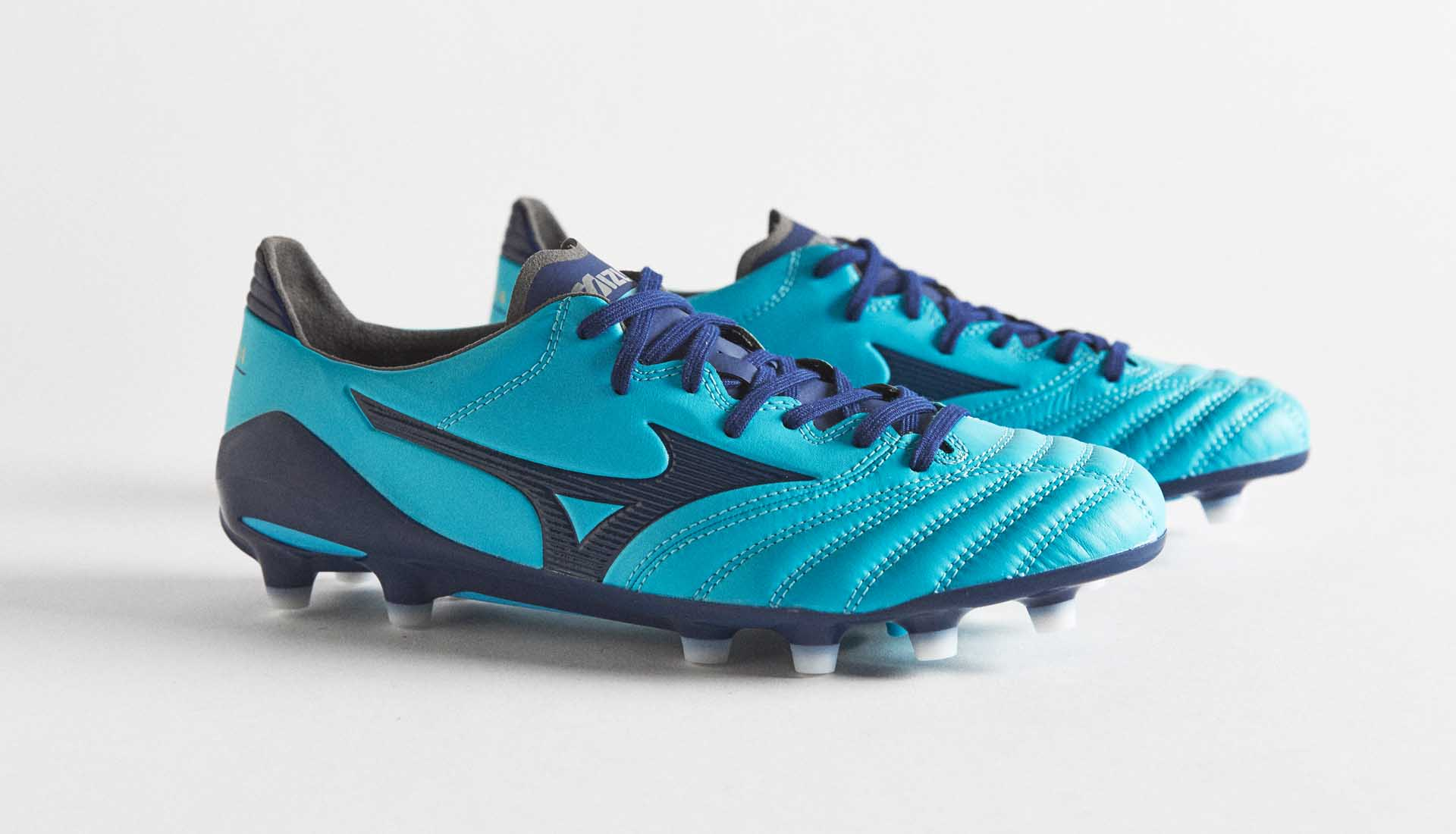 low priced 4d1d0 93543 Mizuno Morelia Neo II