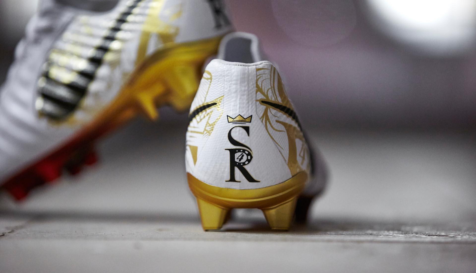 pick up 0d6e3 941f1 Nike Launch Signature Sergio Ramos Tiempo Boots - SoccerBible