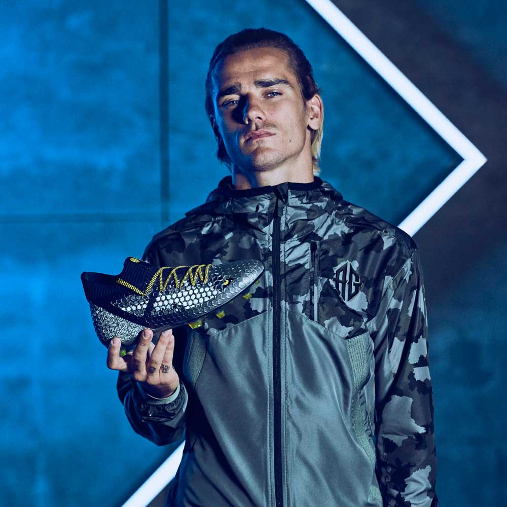 Griezmann Puma One square_0000_18SS_TS_Football_FUTURE_GriziEdition_Portrait_Griezmann_0118_RGB_2400x2400.jpg