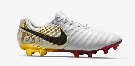 Sergio Ramos Tiempo Boots