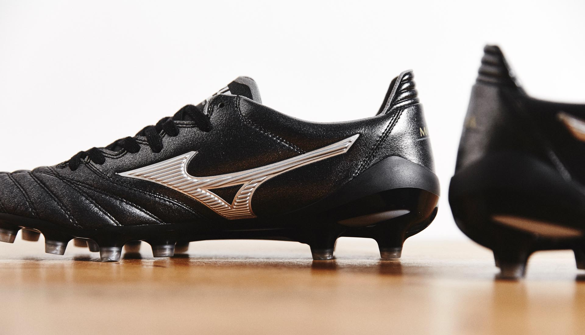 info for ac045 75866 Mizuno Morelia Neo II Made in Japan Football Boots - SoccerBible