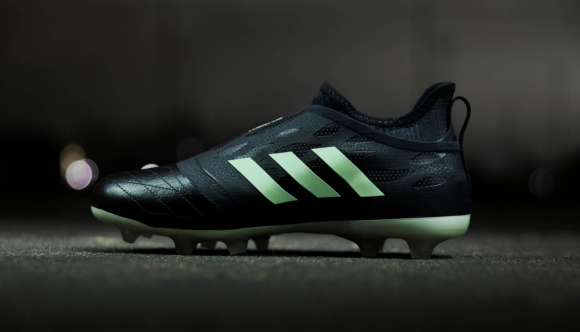 Adidas Launch The Glitch 18 Nocturnal Skin Soccerbible