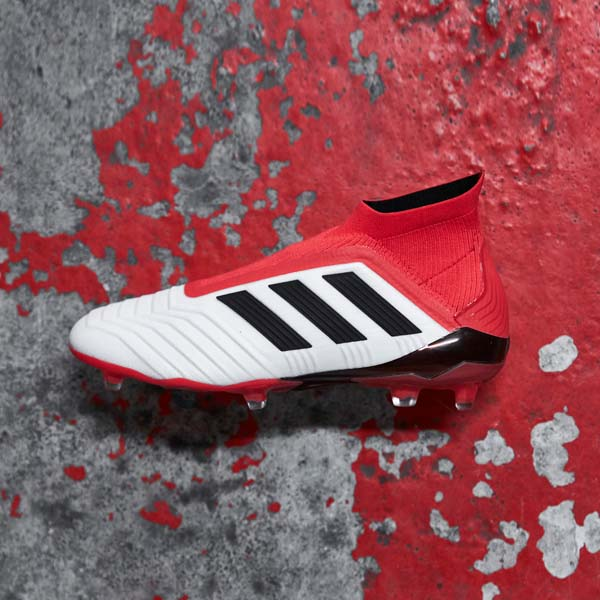 innovative design 9dbb3 96f19 adidas Launch The Predator 18+
