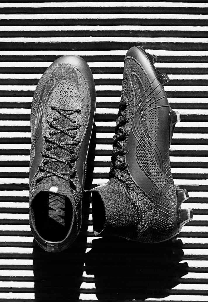 bb225984e6ad Nike Launch 20th Anniversary