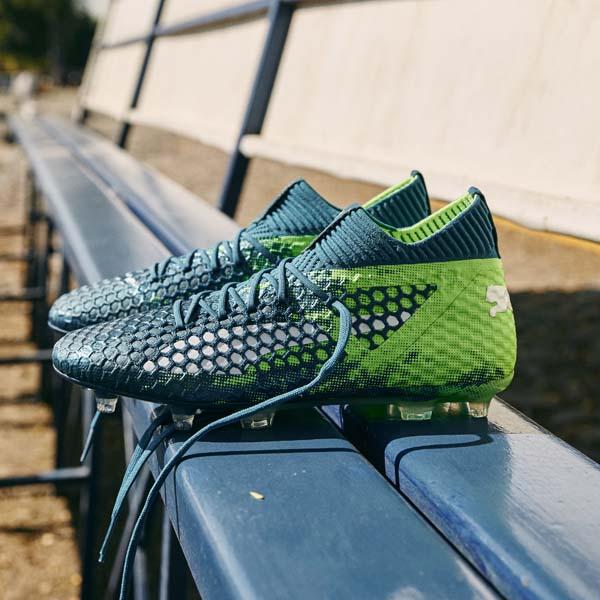 9c896c2a8c55 Antoine Griezmann Wears Custom Designed PUMA Future Boots - SoccerBible