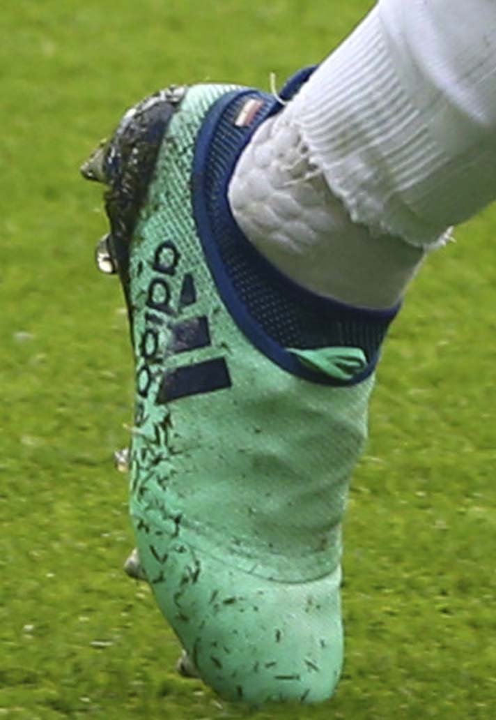 salah2-boot-spotting-03-04.jpg