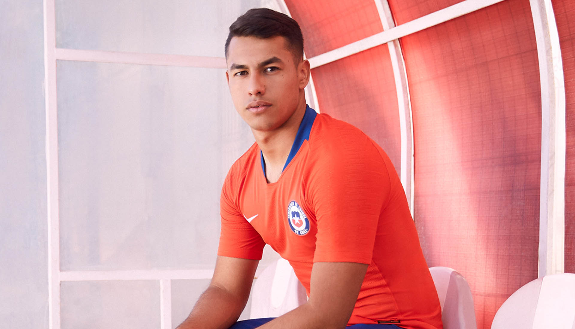 fc16f0a27 Nike Launch Chile 2018 Home   Away Kits - SoccerBible.
