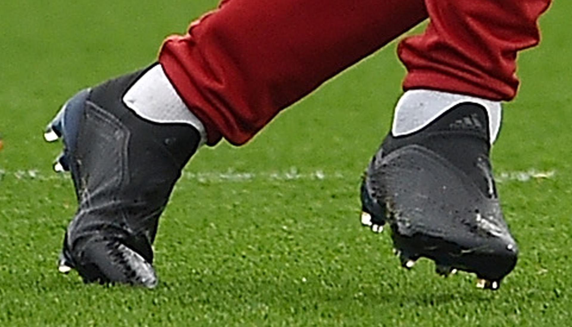 0bcd6ded4 Mo Salah Trains in Next-Gen adidas X 18+ Boots - SoccerBible.