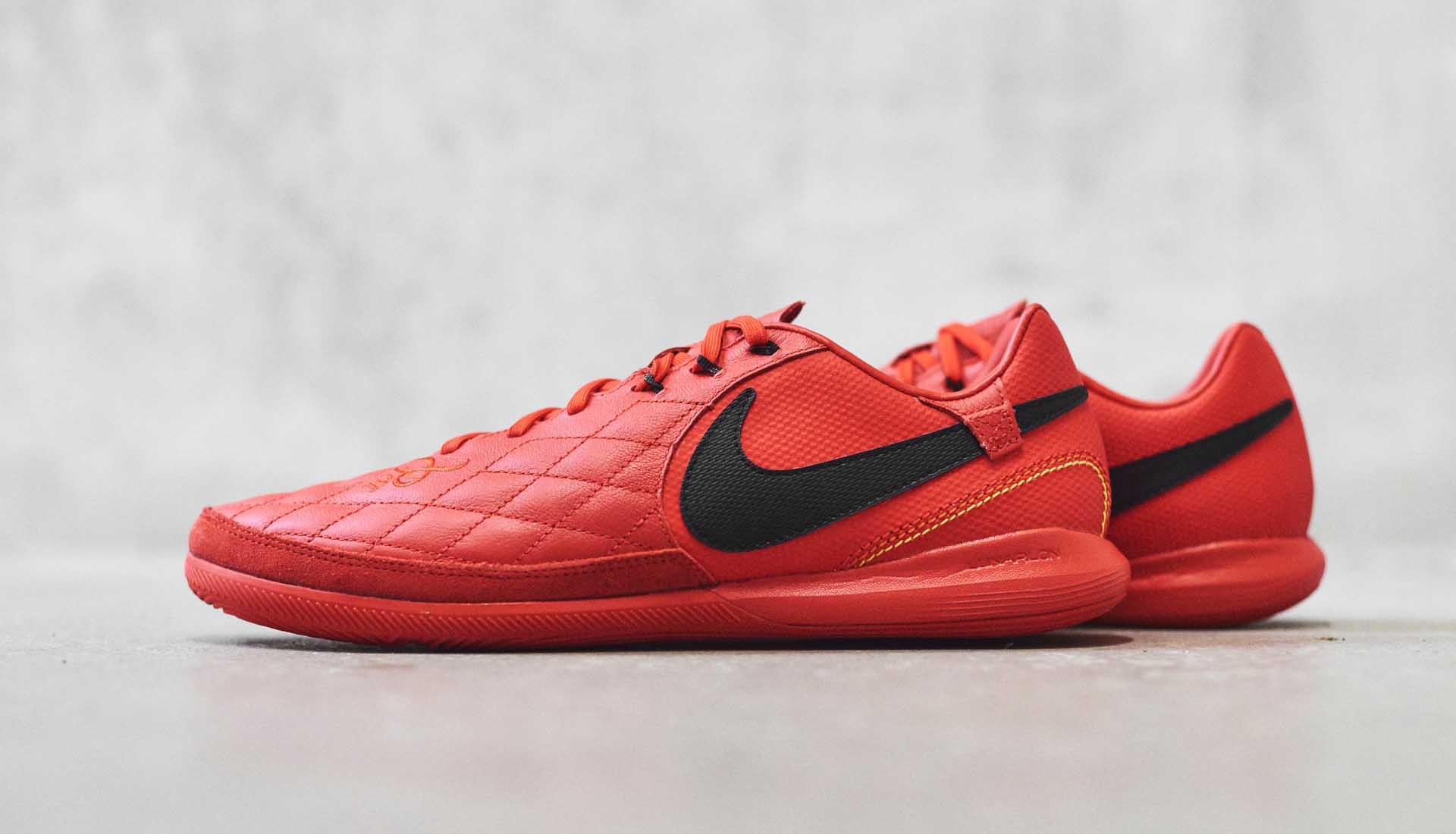 Concurso Piquete Mal humor  Nike Launch The 10R LegendX Barcelona & Milan Editions - SoccerBible