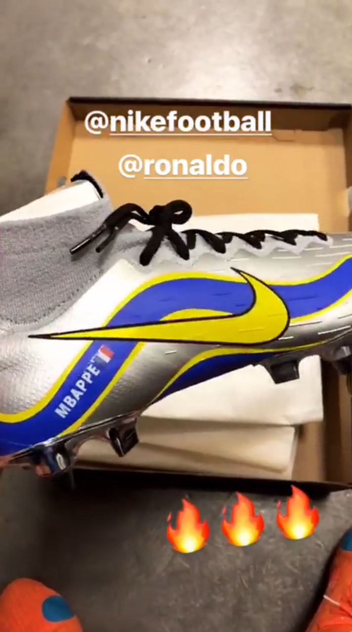 new arrival bffc5 08c5d Kylian Mbappé Reveals R9 Mercurial Superfly 360 On Instagram ...