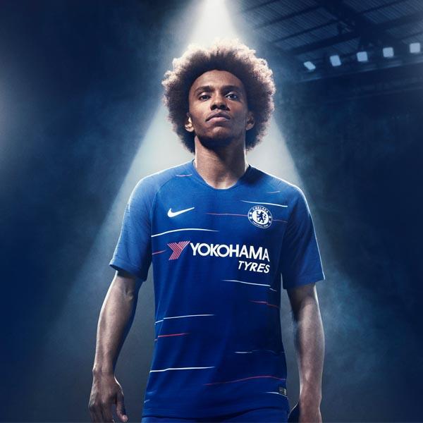 a602b3b7c86 Nike Launch The Roma 2018 19 Home Shirt - SoccerBible