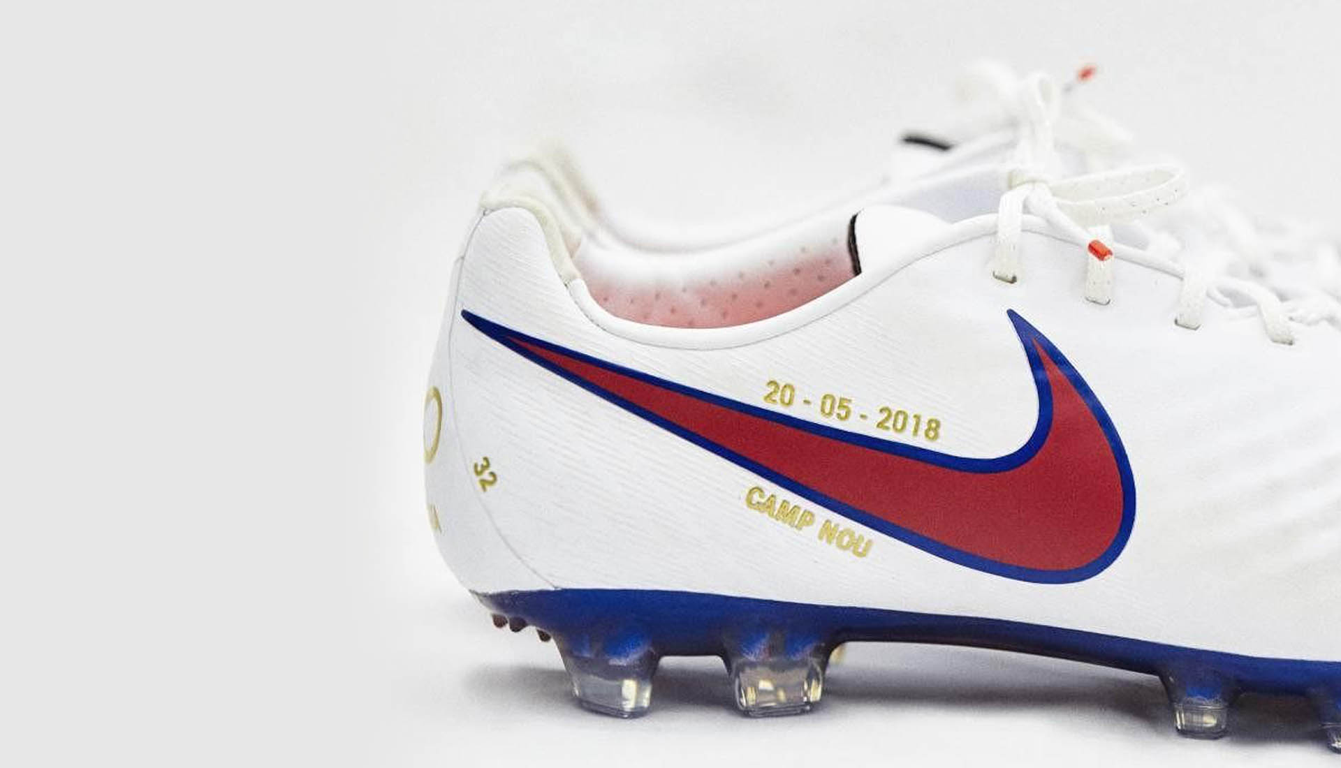 e92bf605003 Iniesta Receives Special Edition Nike Magista For Final Game ...