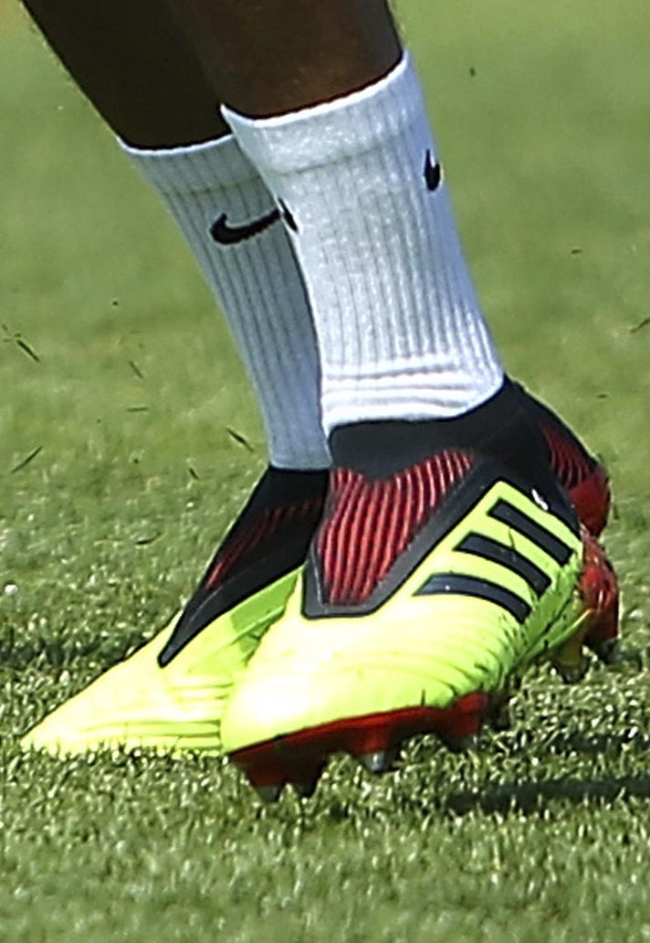 England Players Train in 2018 World Cup Boots - SoccerBible 08ba049cb