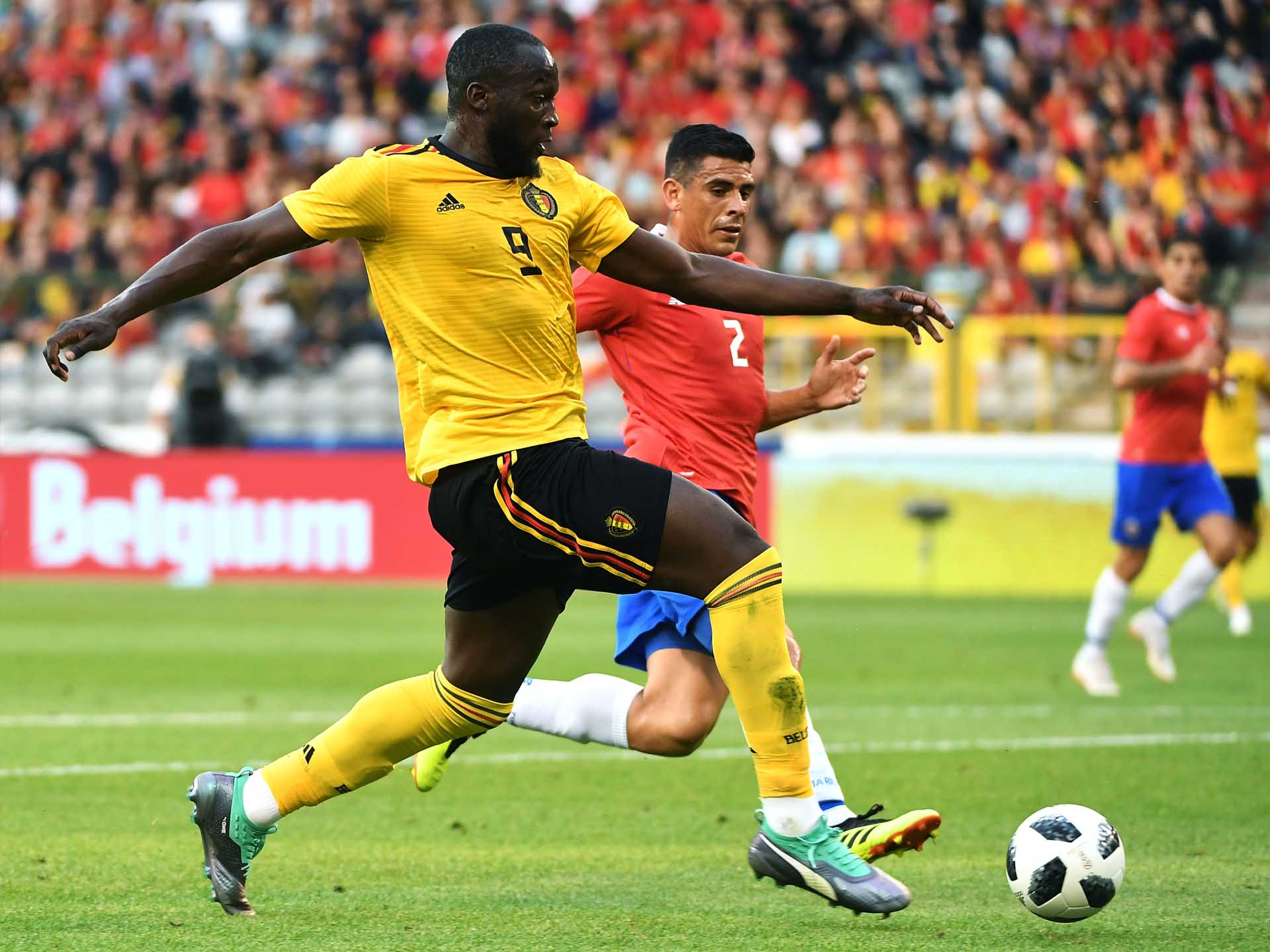 f878d7ce740d Football: Romelu Lukaku announces signing a
