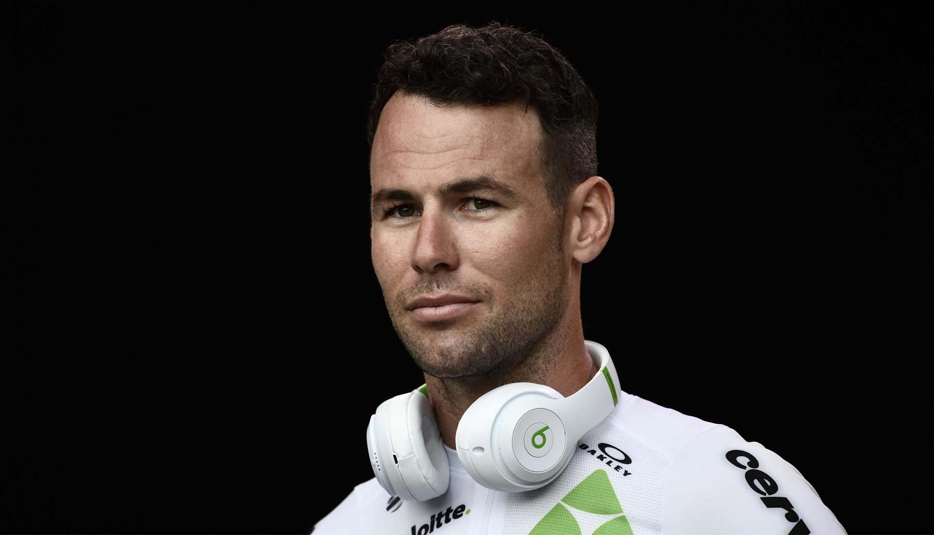 79fdcc93c Mark Cavendish Receives Nike Mercurial Superfly 360 R9 Cycling Shoes ...