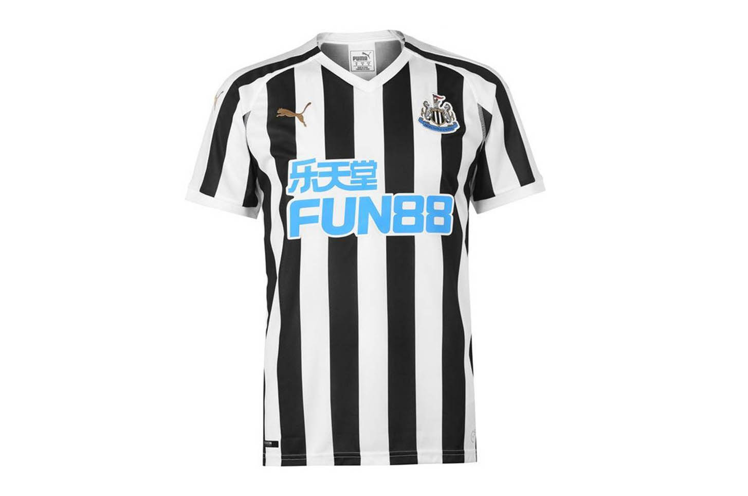 low priced f3458 154f4 Ranking Every 2018/19 Premier League Home Shirt - SoccerBible
