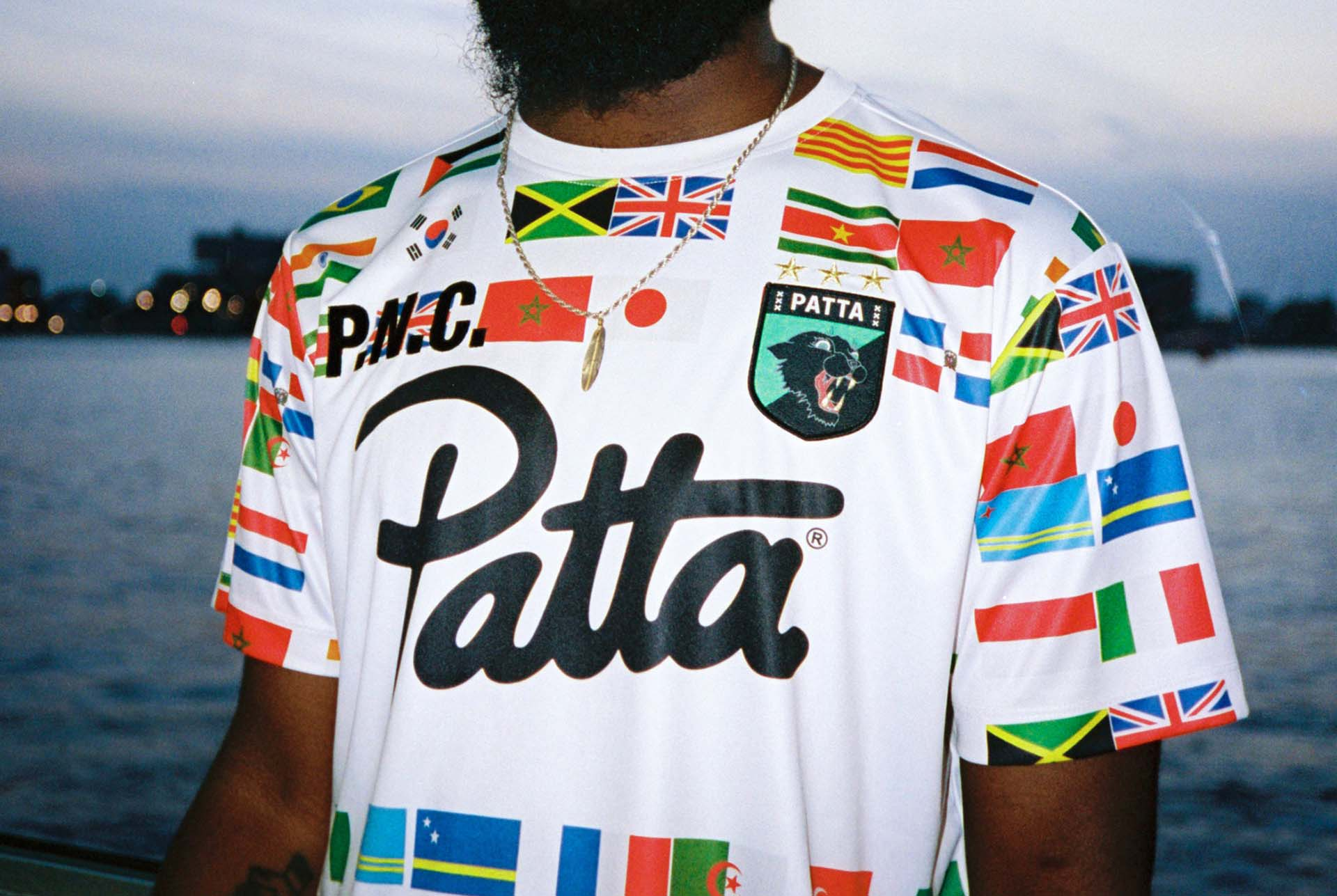 patta-football-shirt-2.jpg