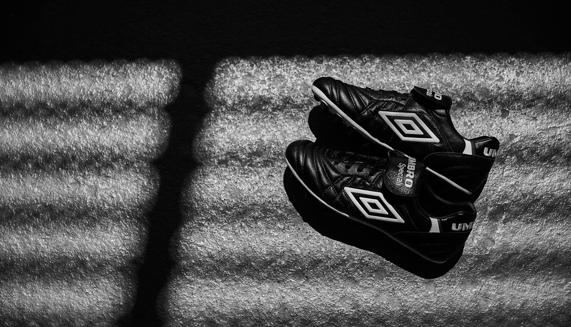 bf71f5f10836d8 Umbro Turn the Clocks Back With the Release of the Speciali 98 - SoccerBible .