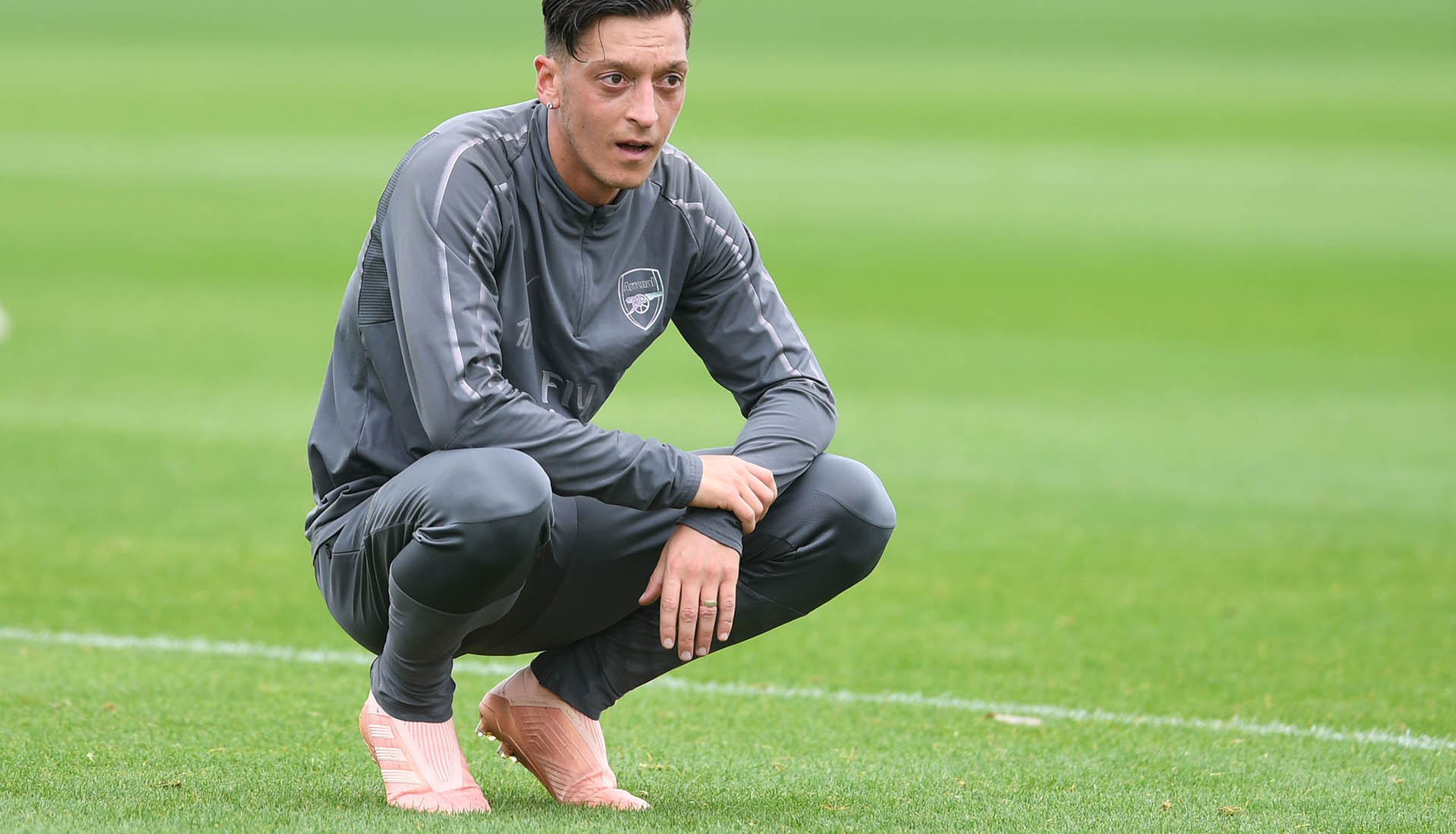 601ee405f1c3 Mesut Ozil Trains in Upcoming Pink adidas Predator Boots - SoccerBible