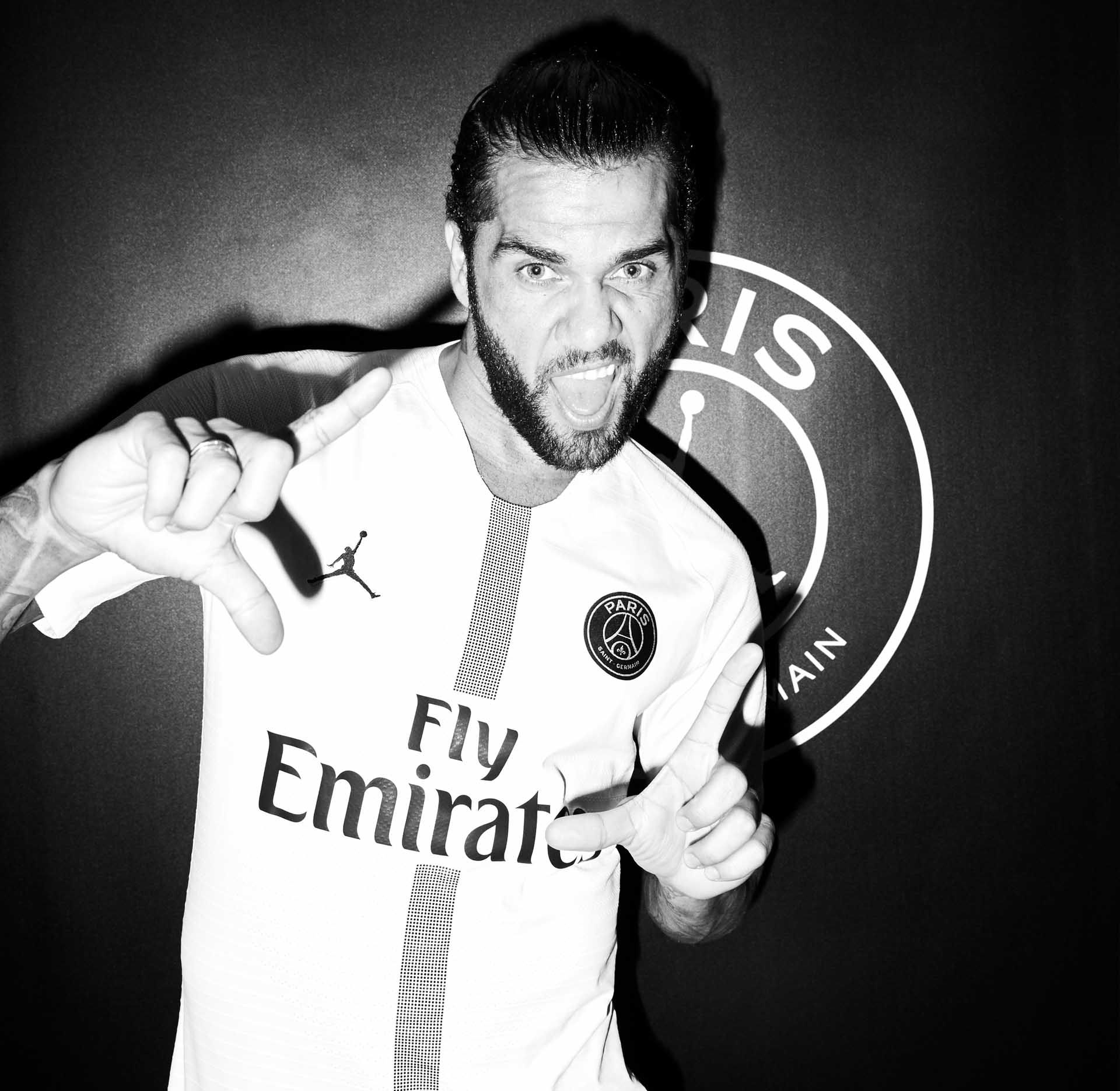 alves-9-psg-jordan-interview-min.jpg
