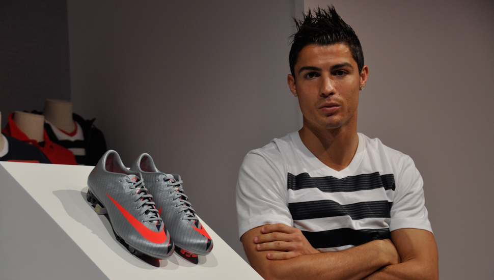 the best attitude 2eacb 293cf Retrospect  Nike CR7 Mercurial Series - SoccerBible.