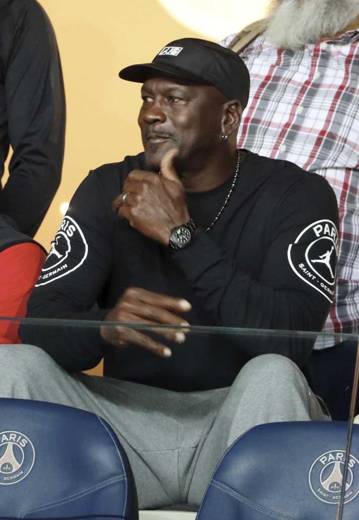 5e90da0facb Michael Jordan Attends PSG Victory Over Reims - SoccerBible.