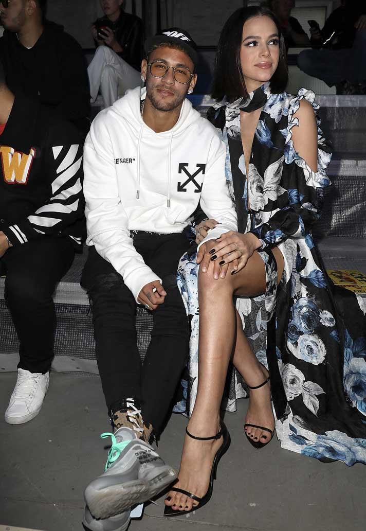 3aeacd5ee Neymar & Dani Alves at the Off-White Paris Fashion Week Show ...