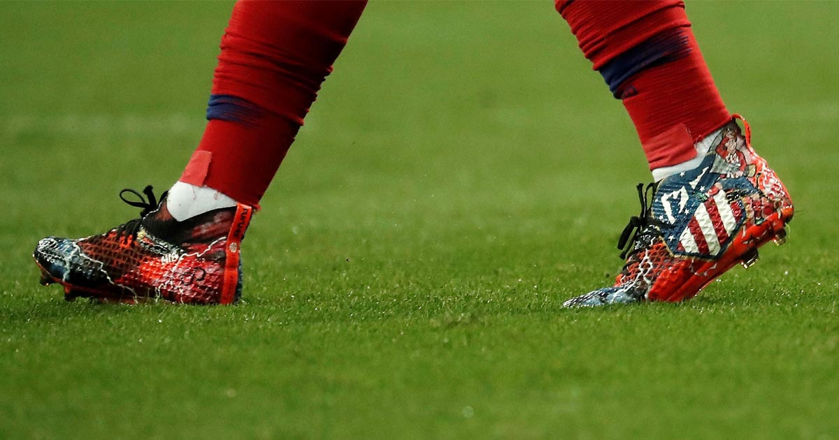 86bac1e57f39 Antoine Griezmann Wears Custom Designed PUMA Future Boots - SoccerBible.