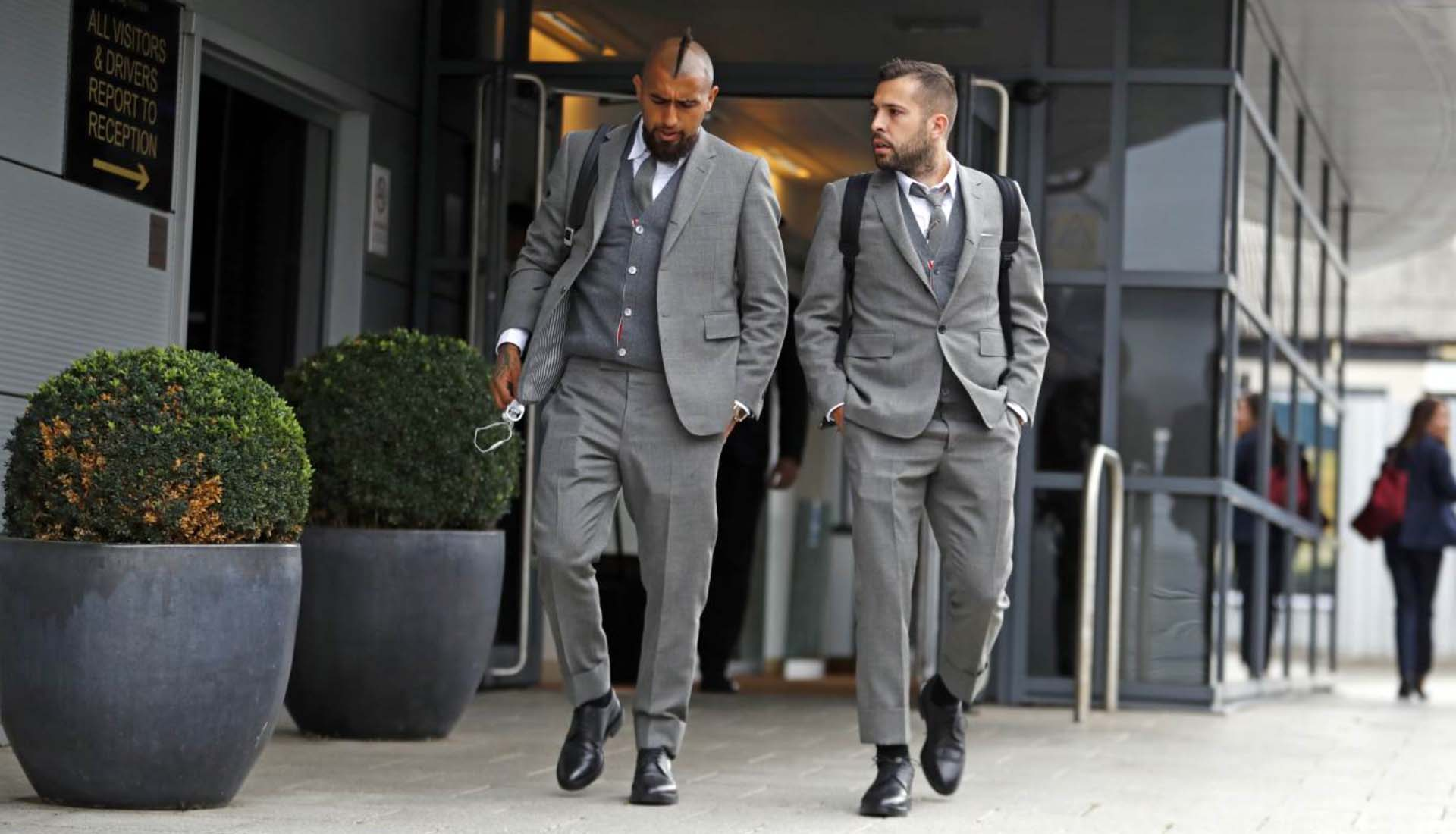 17ecccea9ca4 Barcelona Players Debut Thom Browne Suits - SoccerBible