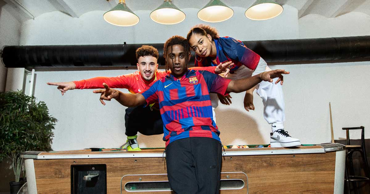 yermo no pagado harto  Nike Launch Limited Edition Barcelona 20 Year Mash-Up Jersey - SoccerBible