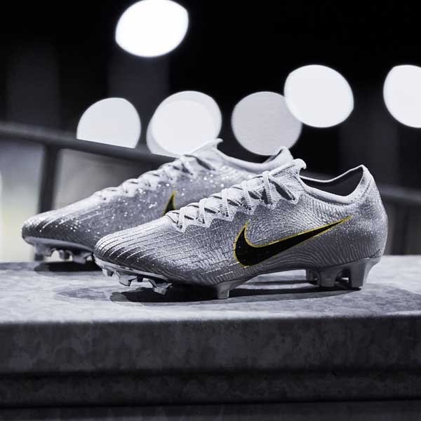 f3da01bfe Nike Launch Two Limited Edition 'Golden Touch' Mercurials. Football Boots |  4 December 2018