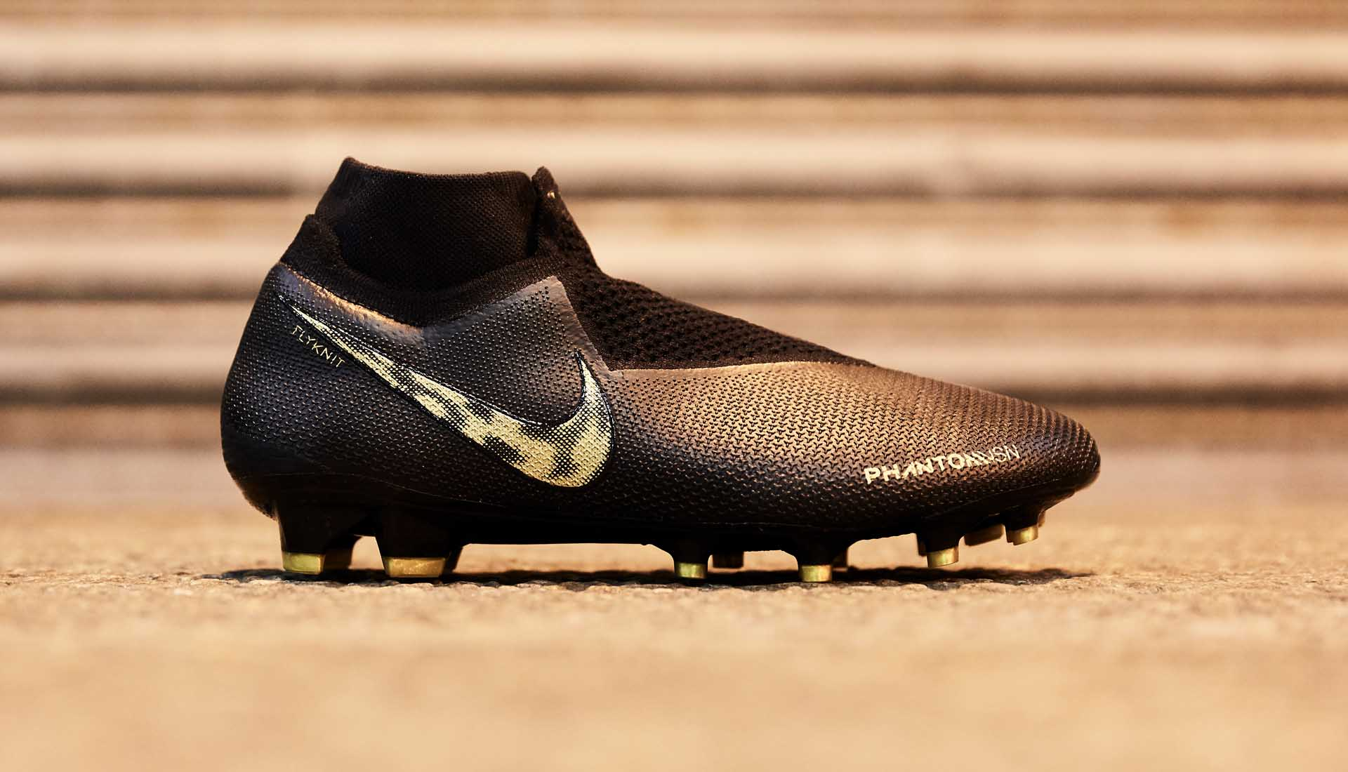 nike soccer boots black