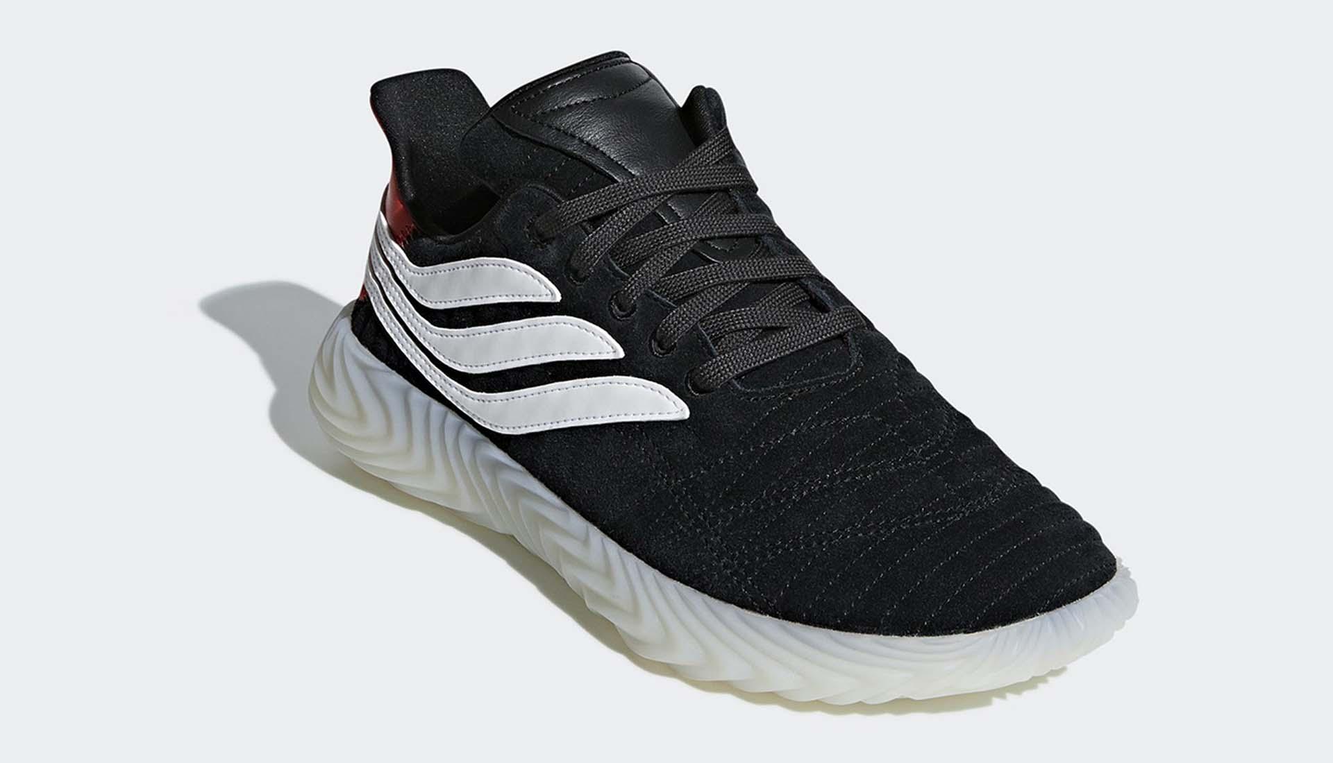 f723ac08ec6205 adidas Reveal A
