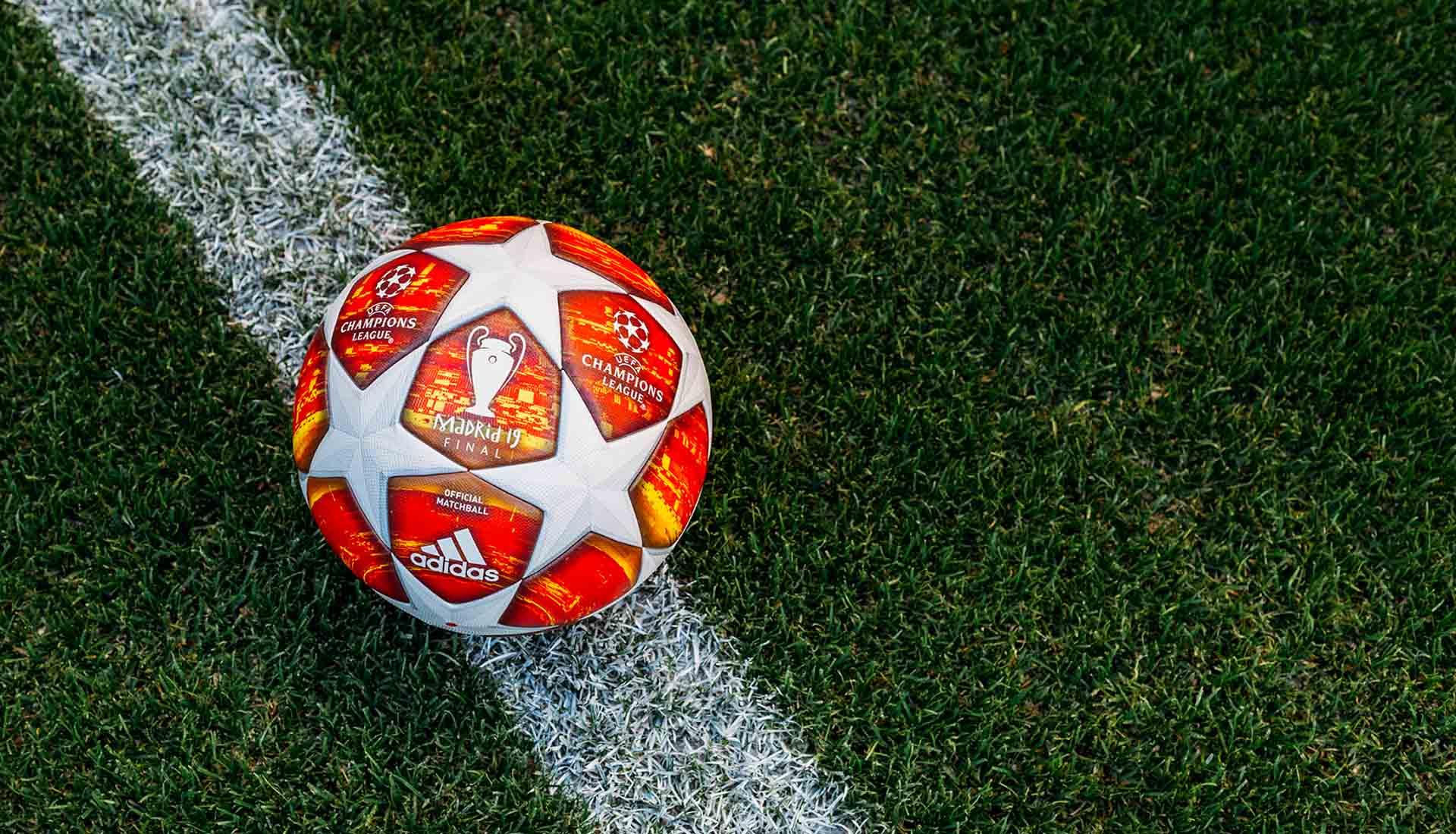 poetas Curso de colisión Carnicero  adidas Unveil The 2019 UCL Finale Match Ball - SoccerBible