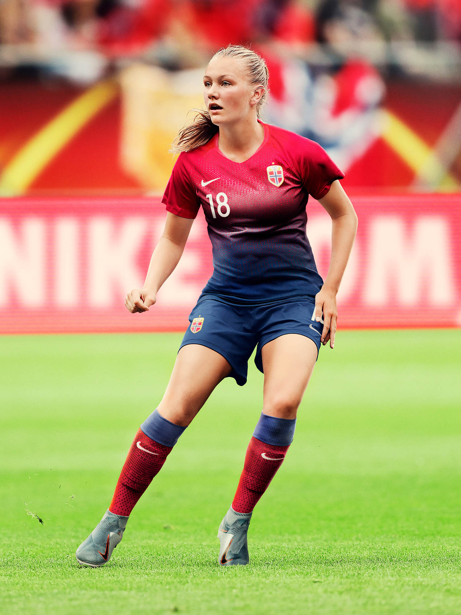 wwc portrait nike kits_0001_norway-national-team-kit-2019-performance-2_original.jpg