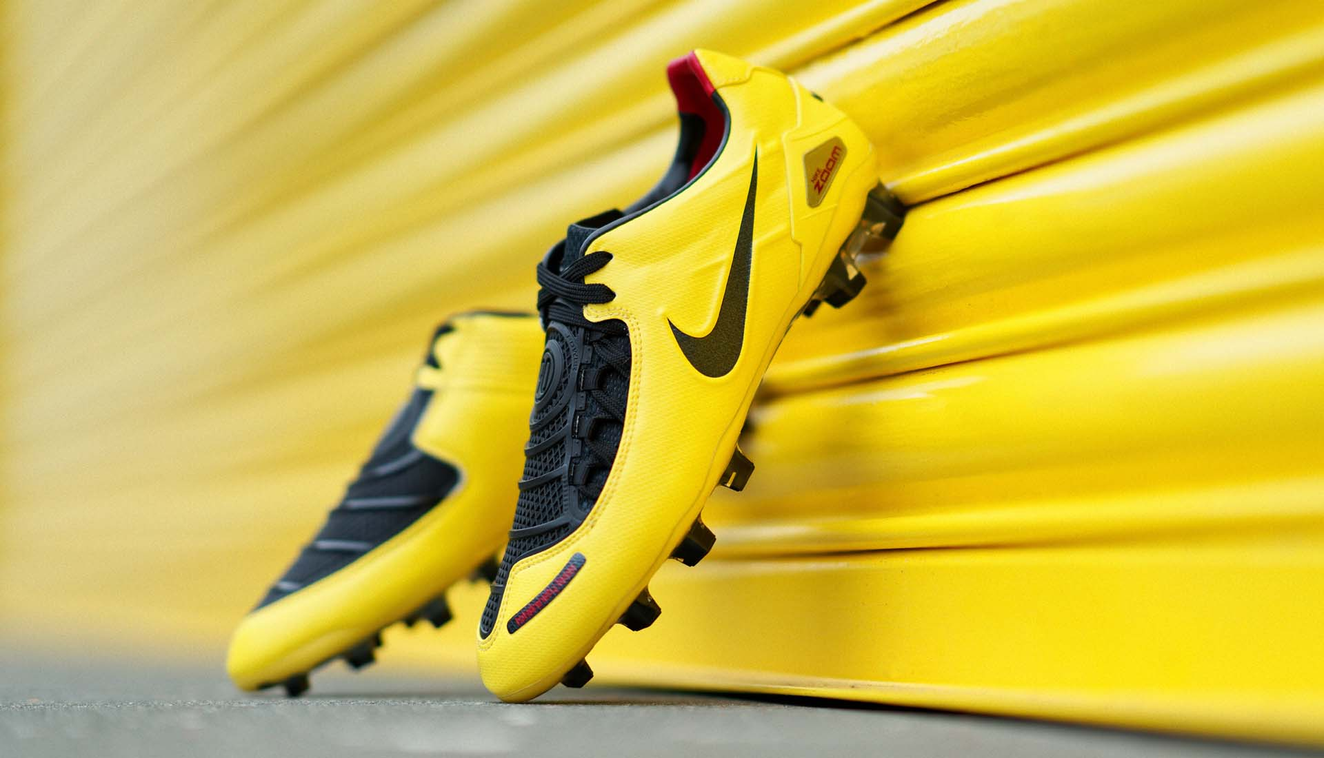 T90 Laser I Football Boots