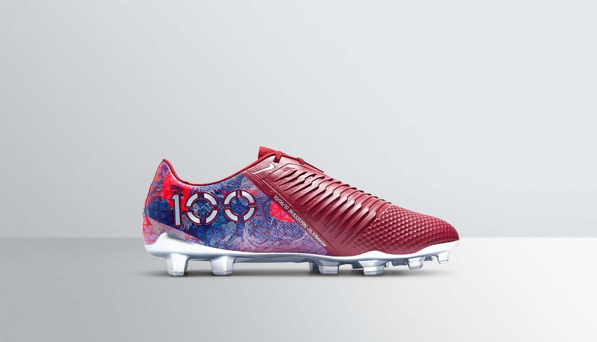 best loved b87e8 0f1d2 Nike Present Alex Morgan With Special-Edition PhantomVNM ...