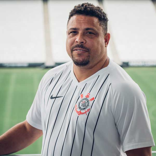 3061d80af68 Corinthians Launch Nike 2019 20 Home Shirt Inspired By El Fenomeno