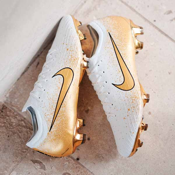 a512a239f2fd44 Nike Launch The Limited Edition  Euphoria Gold  Pack. Football Boots