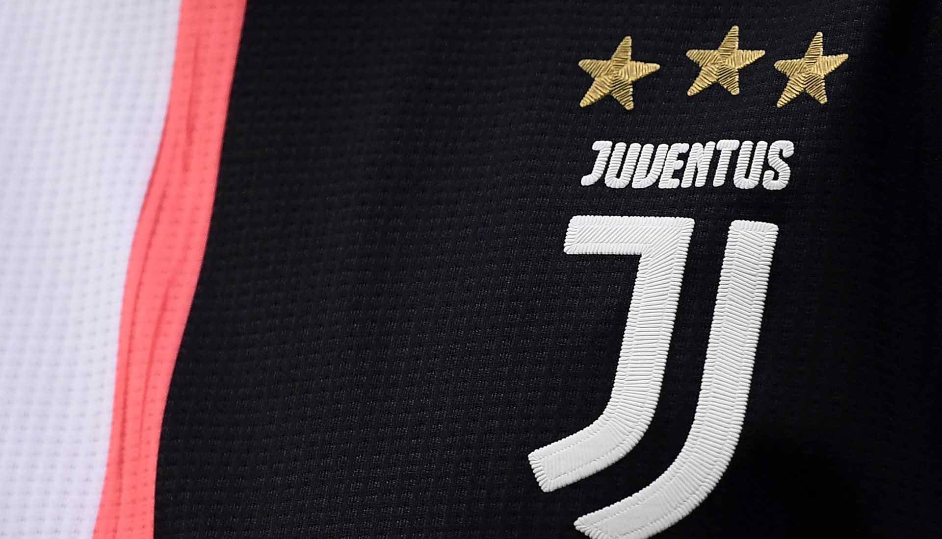 info for 1e70b 16850 adidas Design Director Inigo Turner Talks Juventus 2019/20 ...