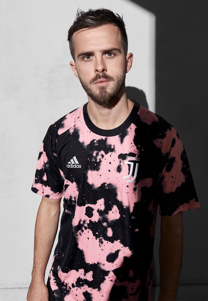 size 40 7302b dafd4 Juventus Reveal adidas x Parley 19/20 Pre-Match Jersey ...