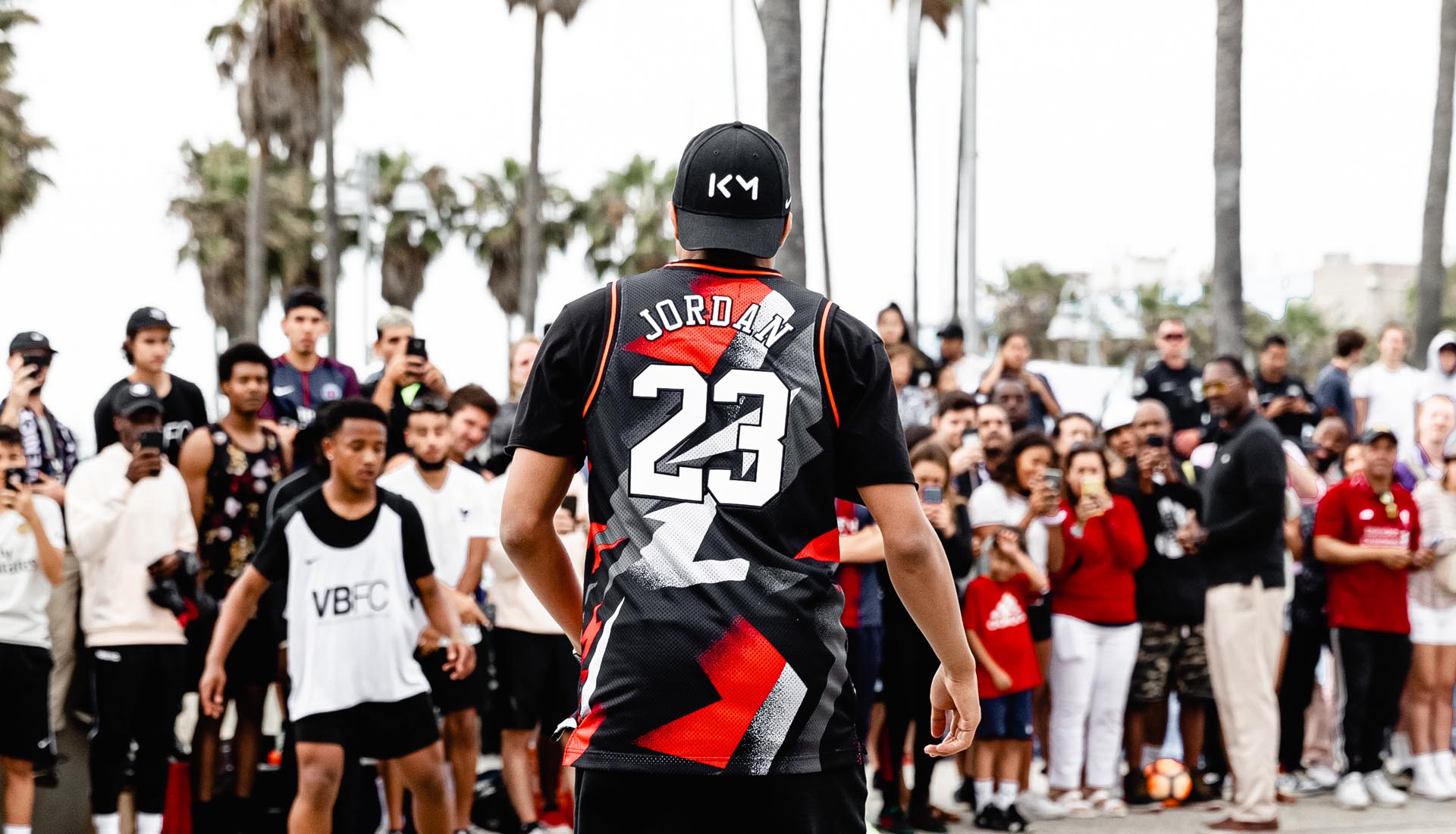 promo code b7585 9f8cb Kylian Mbappé Debuts PSG x Jordan Collection at Venice Beach ...