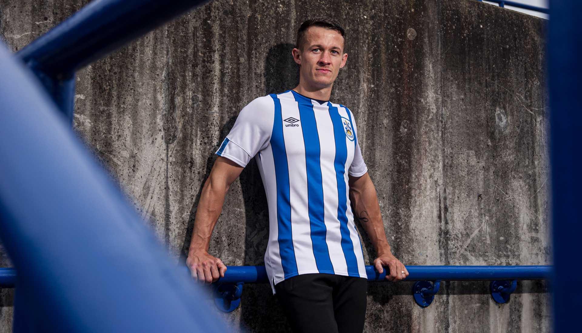 huddersfield 19-20 home shirt