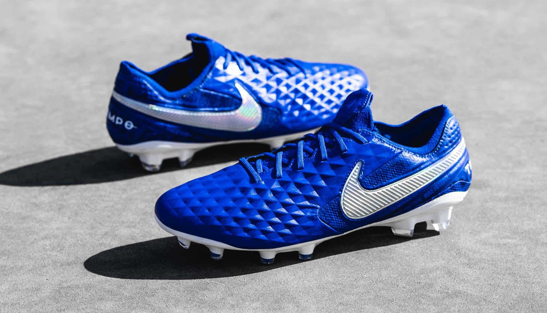 Новая коллекция Nike New lights Pack